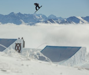 New Monster snowboard athlete Ståle Sandbech